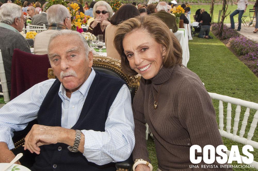 Felipe de Osma y Zoila Berckemeyer de Osma, en sus bodas de oro, 2004.