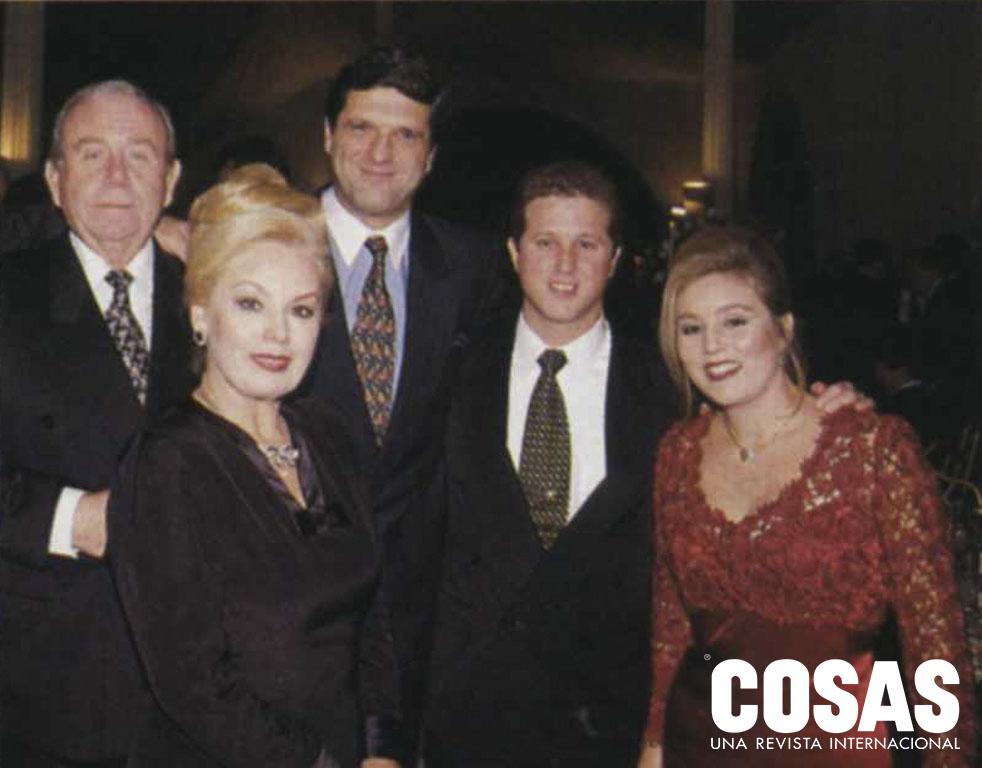Johnny Lindley, July Lindley, Javier Rodríguez Larraín, Hans Ortmann y Julie Lindley de Ortmann; en el matrimonio Perea Lindley, 1996.