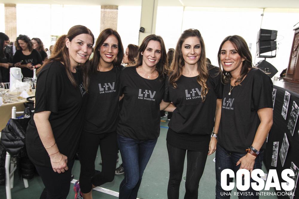 Jessica Kadar, Giselle Bruce, Caterina Grabelli, Adriana Morales y Vanessa Araneta