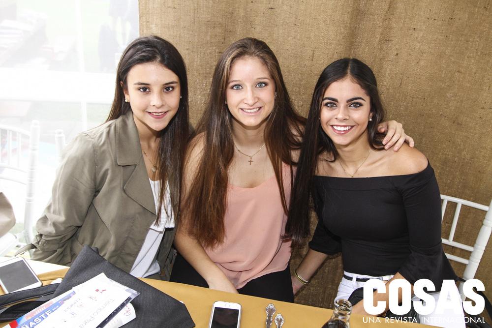 María Paula Colichón, Paula La Torre y Kiara Tola