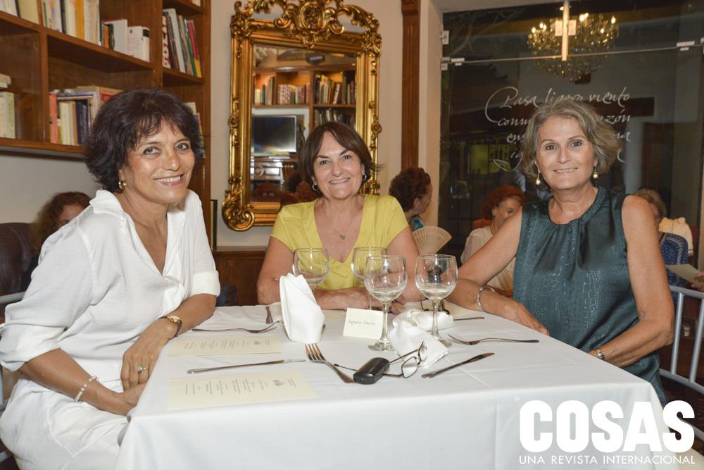 Alina Jara, Sylvia Cocchella y Carolina Armero