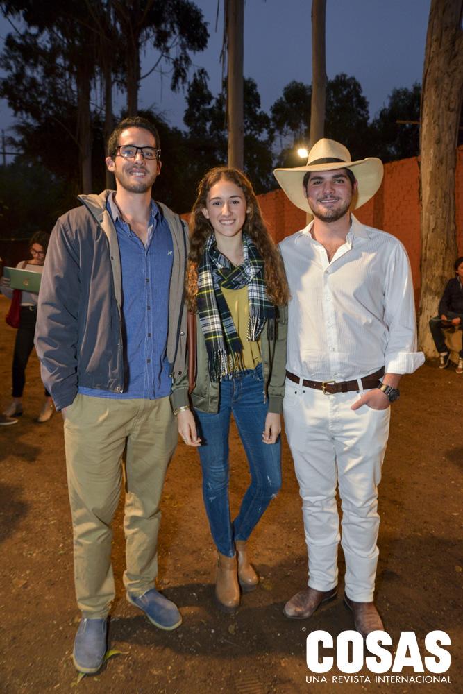 Fabrizio Elías, Cayetana Carrillo y Ignacio Risso.