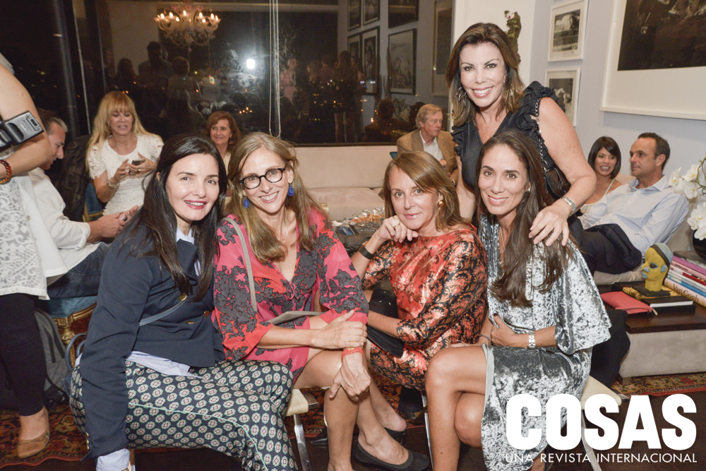 Claudia Málaga, Lorena Martínez, Ana María Guiulfo, Melissa León de Peralta y Daniela Belmont.