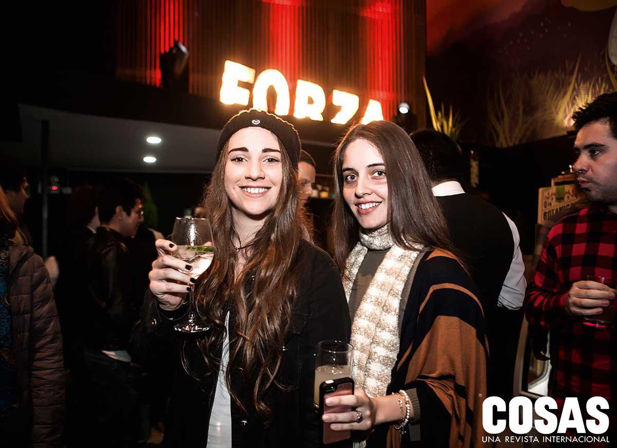 Fernanda Del Solar y Camila Gamarra, en el Centro Cultural Espacio Forza.