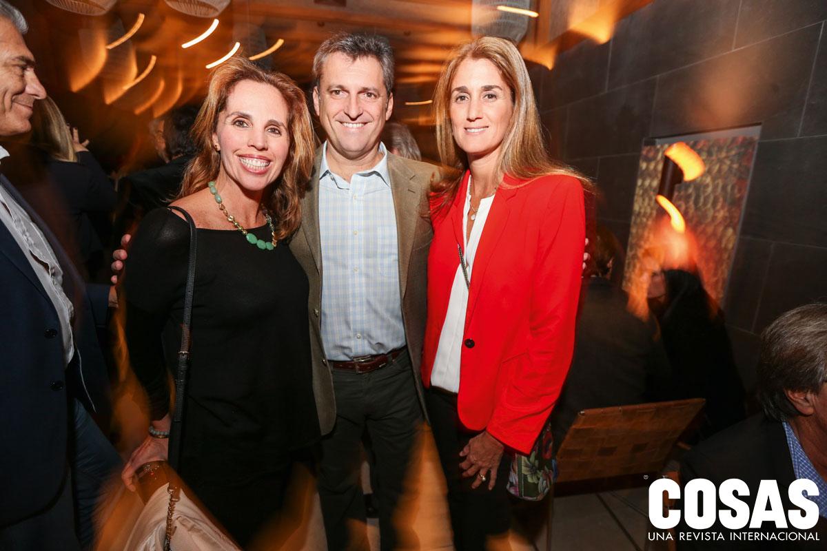 Cecilia Berastain, Hernán Voysest y Rosario Griffiths, en Matsuei.