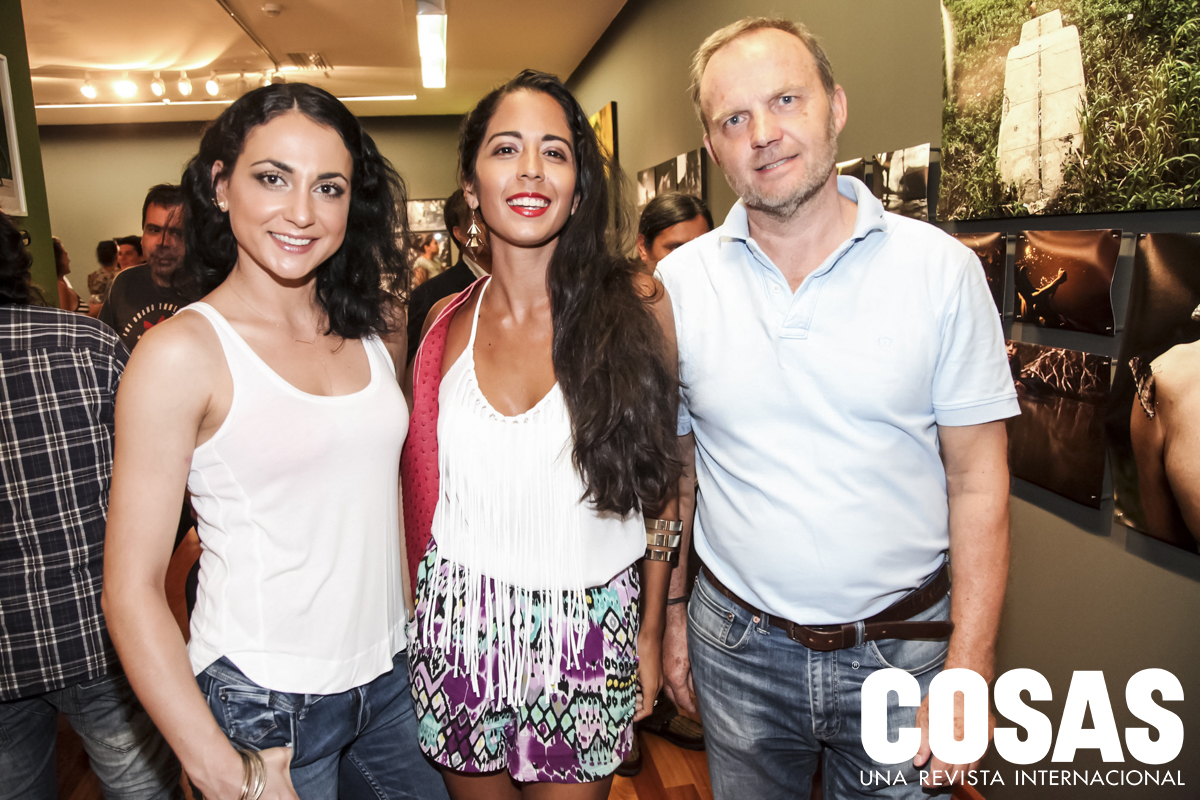 Katerina Pacheco, Brenda Ortiz y Holger Timrek.