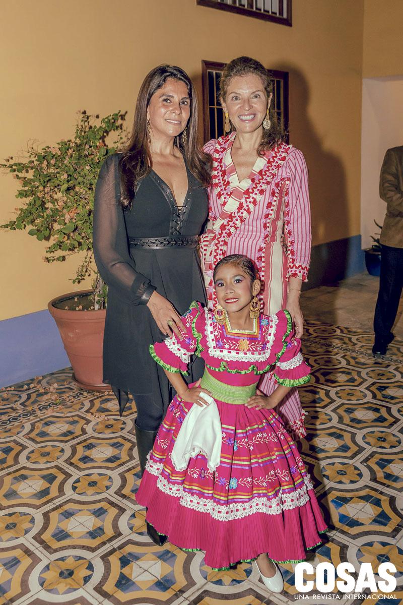 Magnífico Los Vestidos Del Prom Castillo Embellecimiento - Colección ...