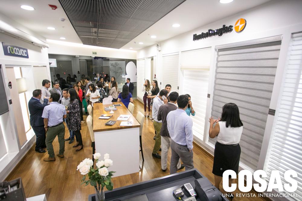 La inauguración contó con diversas personalidades del rubro de diseño, decoración y arquitectura.