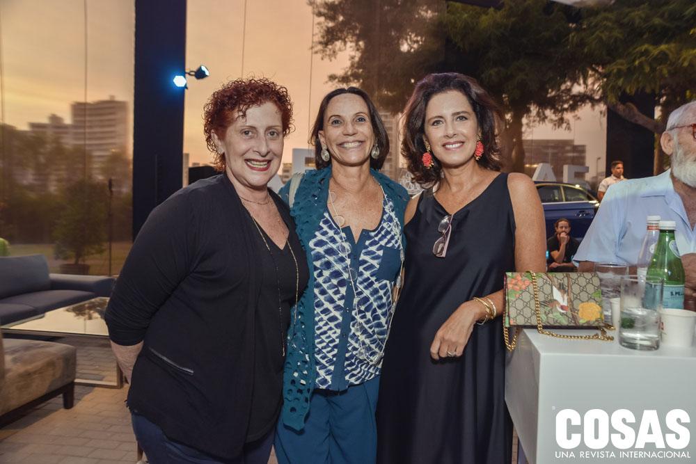 Mariella Agois, Lucía De La Puente y Rosalie Stenning