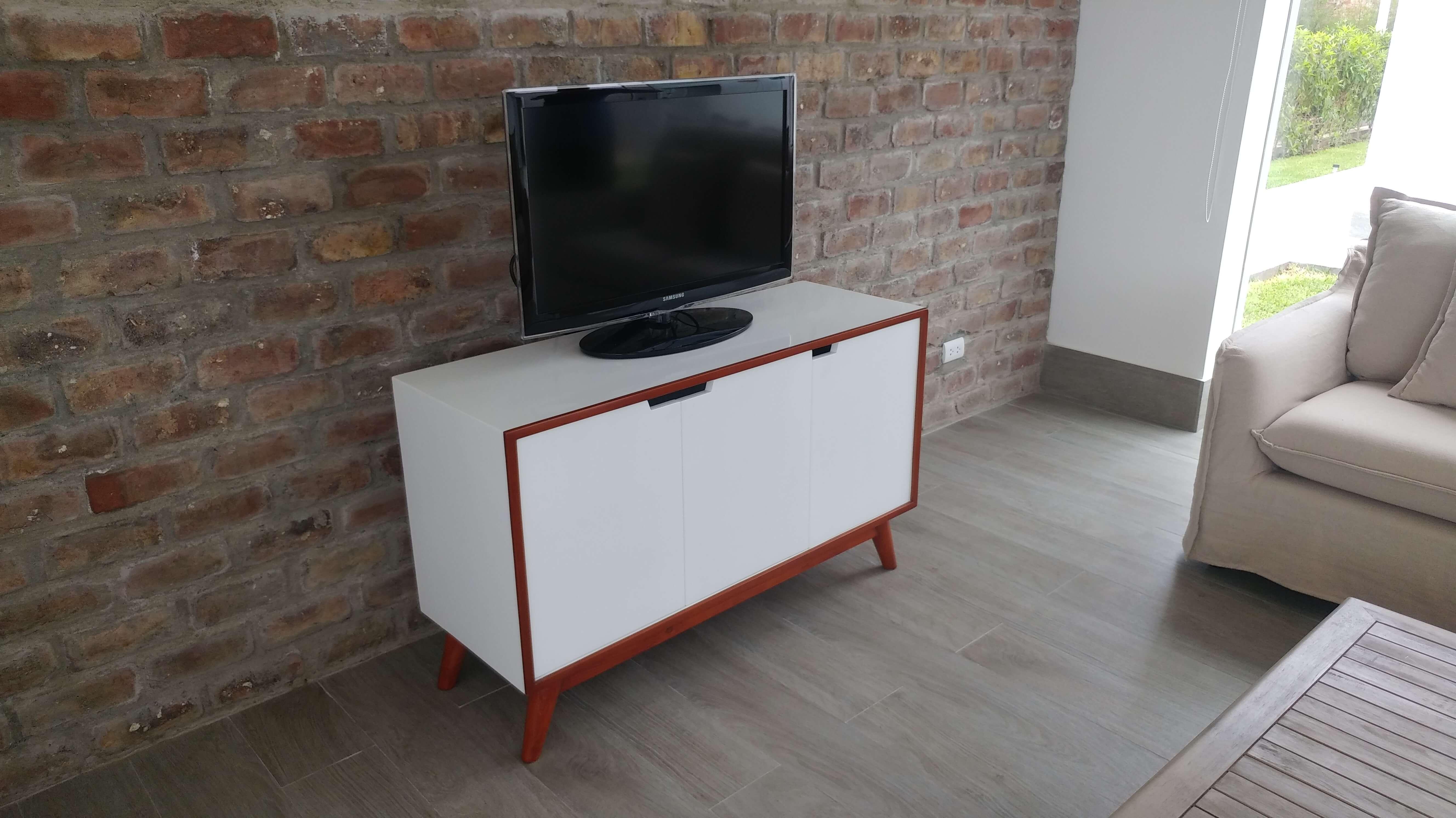 Muebles para casas de playa luca eco design te trae su for Mueble nordico tv