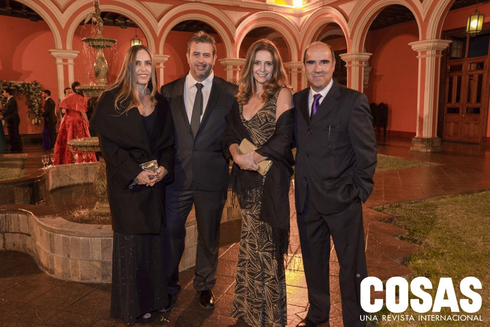 Carla Cárdenas, Diego Cárdenas, Luz María Velaochaga y Flavio Carrillo