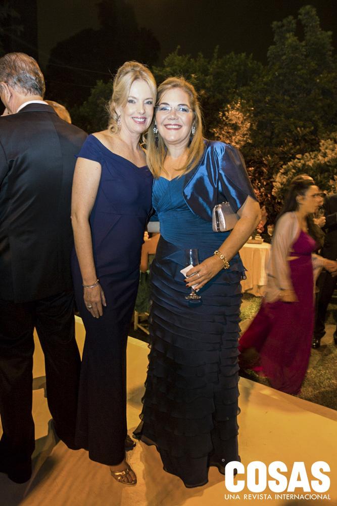 Sylvia Mayrock y Kika Lupis.