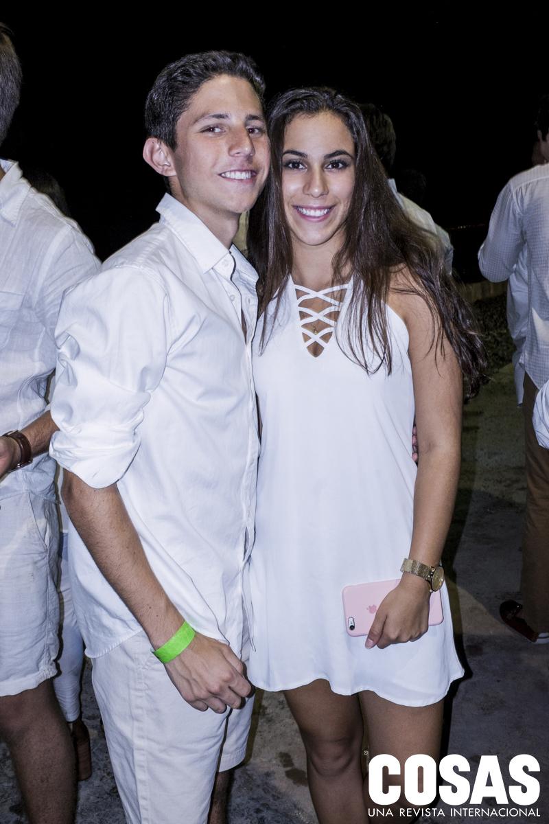 Pablo Solari y Antonella Vatuonne.
