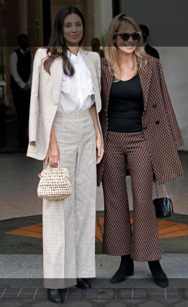 Alessandra de Osma asistió al desfile de Jorge Vázquez en compañía de su madre, Elizabeth Foy Vásquez.